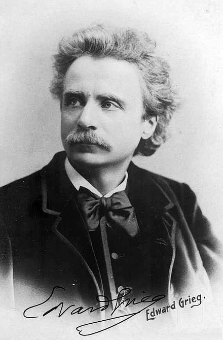 This image has an empty alt attribute; its file name is Edvard_Grieg_1888_by_Elliot_and_Fry_-_02.jpg