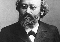 Black and White head and shoulders photograph of Max Bruch in his mid-later years